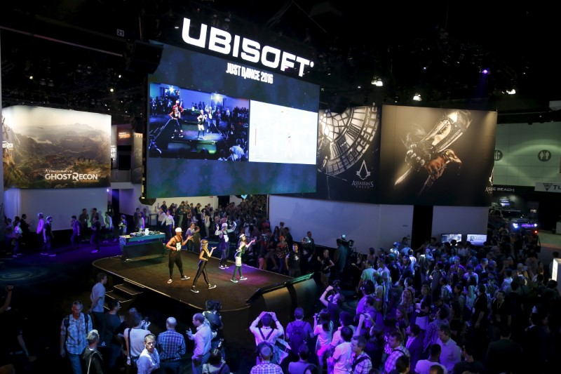 © Reuters. Ubisoft shares rise to beat market sell-off after good sales for video game
