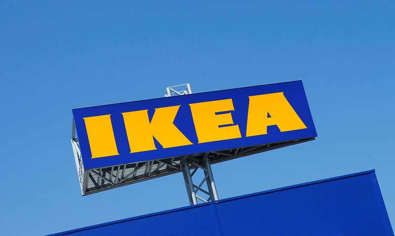 © Reuters. FILE PHOTO: The logo of IKEA is seen above a store in Voesendorf