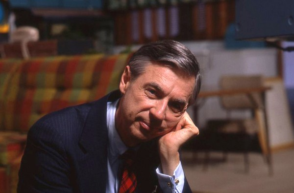 wont-you-be-my-neighbor-mister-rogers
