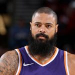 Lakers Sign Tyson Chandler to Fill Big Need at Center