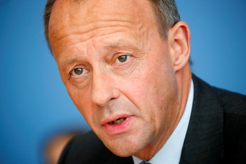 © Reuters. FILE PHOTO: German conservative Friedrich Merz from CDU holds a news conference in Berlin