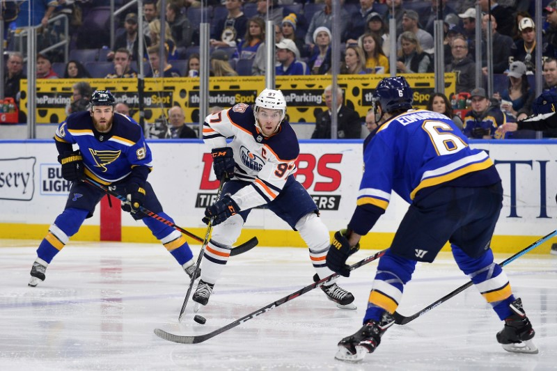 © Reuters. NHL: Edmonton Oilers at St. Louis Blues