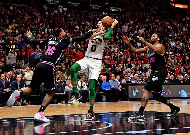 © Reuters. NBA: Boston Celtics at Miami Heat