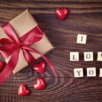 <div>9 Valentine's Day gifts that look crazy expensive but are $30 or less</div>