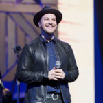 I Am a Bad Person Who Can't Stop Laughing at This Clip of Gavin DeGraw Falling on Ice
