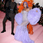 <div>Kylie Jenner & Travis Scott Give Off Power Couple Vibes At 2019 Met Gala</div>