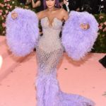 Kylie Jenner Accused Of Photoshopping Met Gala Outfit By Fans – See Pic