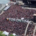 Raptors partying with fans at championship parade