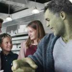 """Avengers: Endgame – """"Hulk Diner Scene"""" Clip"""