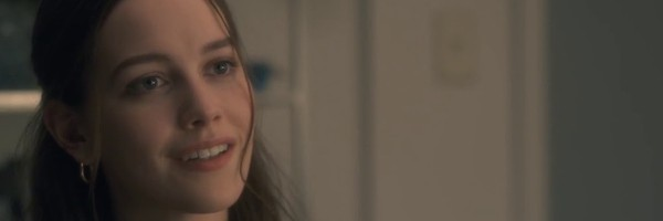 Hill House Breakout Victoria Pedretti Returning For Netflix S The Haunting Of Bly Manor E Radio Usa