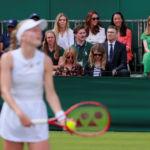 UK Duchess Kate skips Royal Box for outside court
