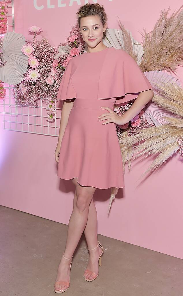 Lili Reinhart, WTF widget, pink